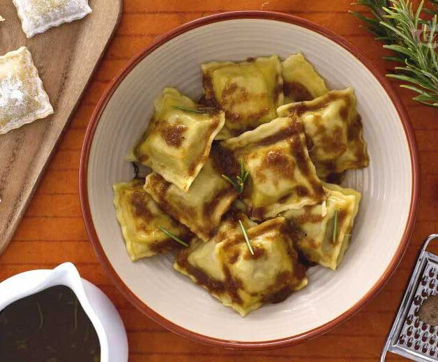 agnolotti 1 e1608633248686 - Italian Christmas meal: What do Italians eat at Christmas?
